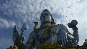 Shiva, Hinduistischer Gott, ist auch nur schlappe 80 m hoch