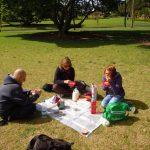 Unser erstes Fruehstueck in NZ mit den Maedels aus Werni
